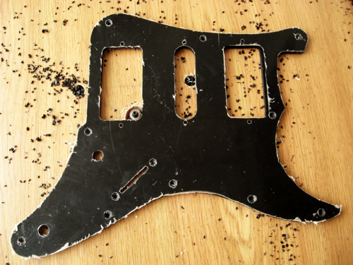 Изготовление пикгарда - гитарная мастерская Pretty Underground Workshop ( http://vk.com/remont_gitar_service )
