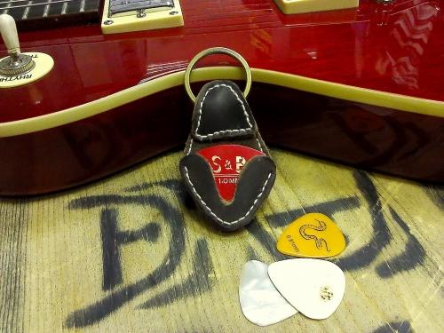 Кобура для гитарных медиаторов быстрого реагирования