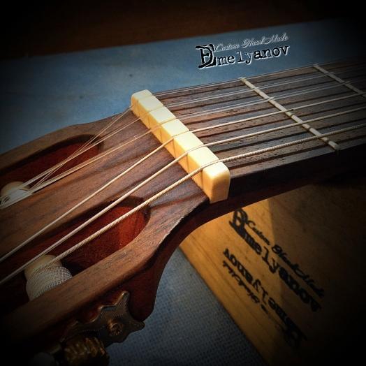 Костяной порожек для гитары DEmelyanov