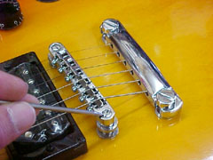 Gibson Style Hard Tail Bridge
