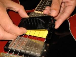 Спец. девайс для чистки струн - The Strings Cleaner
