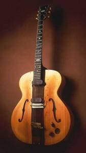 Les Paul The Log Guitar