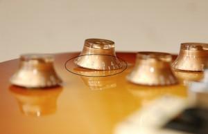 Крутилки на поддельном Les Paul